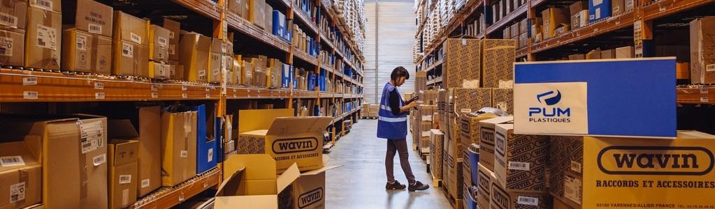 le-métier-de-magasinier-en-plateforme-logistique-chez-saint-gobain-distribution-batiment-france-2