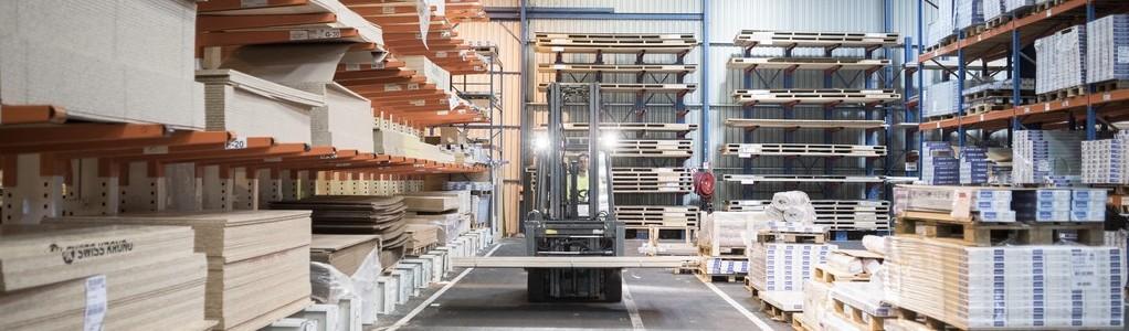 le-métier-de-magasinier-en-plateforme-logistique-chez-saint-gobain-distribution-batiment-france-3